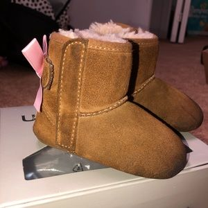 Other - Baby Chestnut uggs